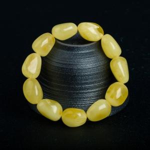 柠檬黄蜜蜡随形单圈手串