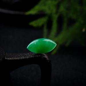 糯冰種陽綠翡翠戒面