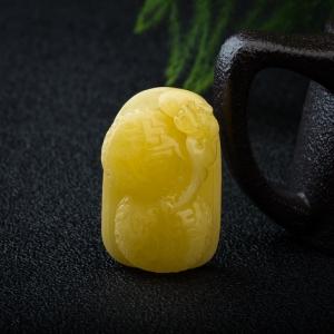 鸡油黄蜜蜡福寿吉祥吊坠