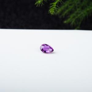 紫色蓝宝石戒面
