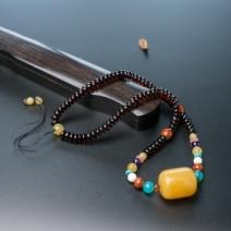 鸡油黄蜜蜡桶珠锁骨链