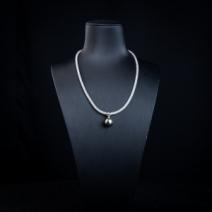 12.3mm18k海水黑色珍珠项链