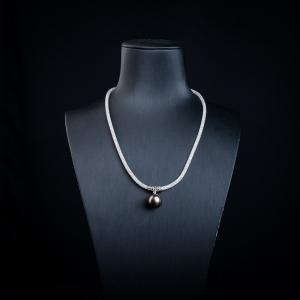 12.5mm18k海水黑色珍珠项链