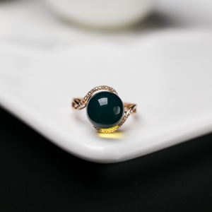 18K多米藍珀戒指