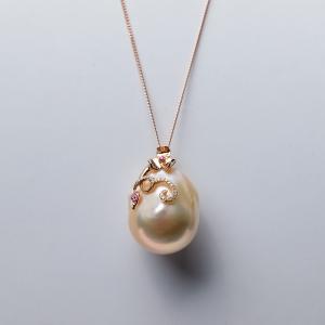 18K淡水粉色珍珠吊坠