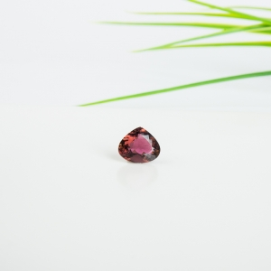 紫红色碧玺刻面裸石