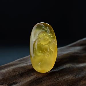 鸡油黄金绞蜜福在眼前吊坠