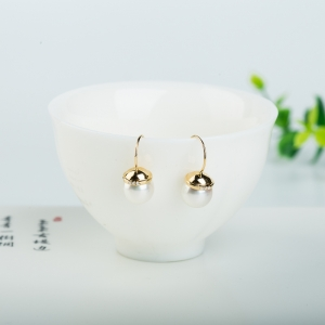 18k海水白色珍珠耳墜