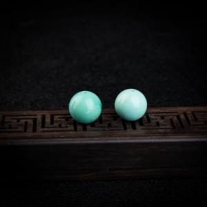高瓷蓝绿绿松石圆珠2件