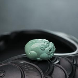 高瓷蓝绿绿松石貔貅吊坠