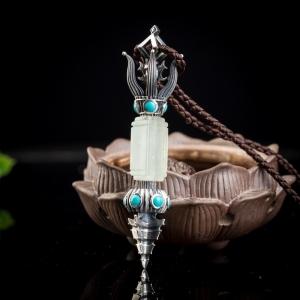 银镶冰种浅绿翡翠降魔杵吊坠