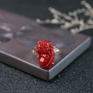 18K阿卡珊瑚貔貅戒指