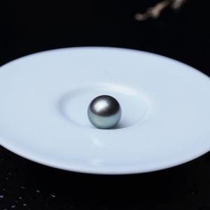 12.5mm海水黑色珍珠圆珠