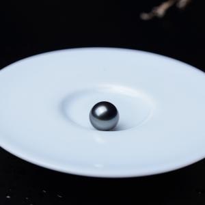 10.5mm海水黑色珍珠圆珠