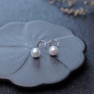 18K海水白色珍珠耳坠