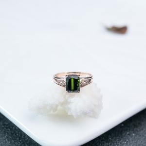 18K绿色碧玺戒指