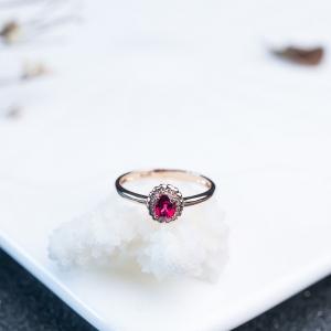 18K无烧红宝石戒指