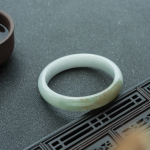 58.5mm糯種黃加綠翡翠平安鐲