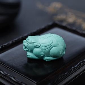 中瓷蓝绿绿松石貔貅吊坠