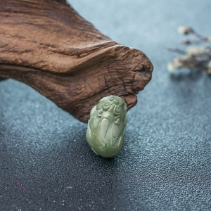 中高瓷绿松石貔貅吊坠