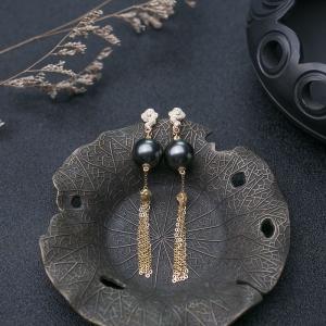 18K海水黑色珍珠耳坠