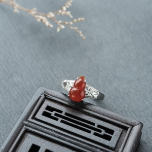 18K糯冰種紅翡翡翠福祿戒指