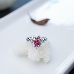 18K紅寶石戒指
