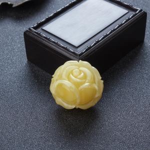 蜜蜡玫瑰花吊坠