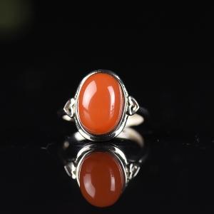 银镶樱桃红南红戒指