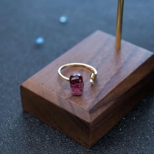 18K玫红碧玺貔貅戒指