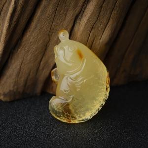 带皮柠檬黄金绞蜜鱼吊坠
