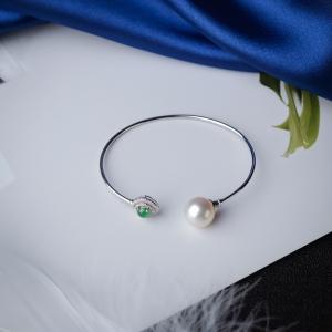 55mm18K海水白色珍珠手镯