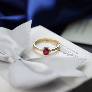 18K无烧鸽血红红宝石戒指