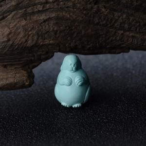 高瓷蓝绿绿松石卯兔吊坠