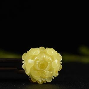 白花蜜蜜蜡花开富贵吊坠