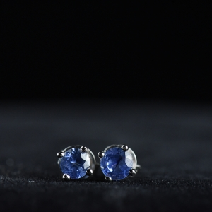 18K矢車菊藍藍寶石耳釘