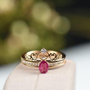 18K玫红色红宝石戒指