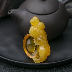 雞油黃金絞蜜貔貅吊墜
