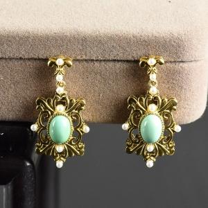 银镶中高瓷蓝绿色绿松石耳坠
