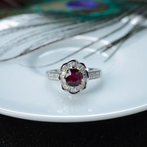 18K鸽血红红宝石戒指