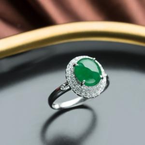 18K糯冰種翠綠翡翠戒指