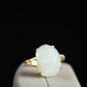 18K籽料和田白玉貔貅戒指