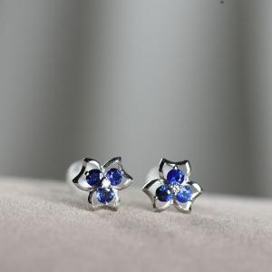 18K藍寶石耳釘