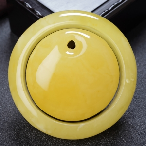 57.5mm雞油黃蜜蠟平安鐲