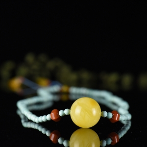 雞油黃蜜蠟圓珠項鏈