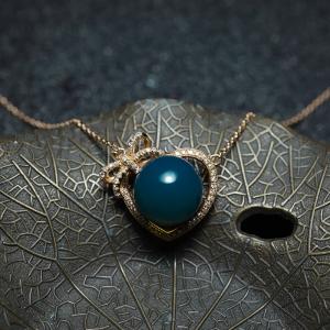 18K天空藍多米藍珀心形項鏈