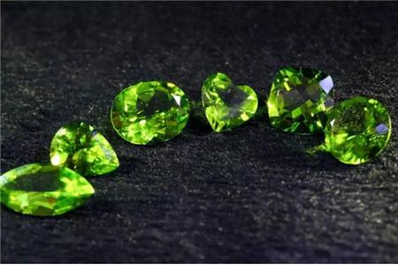 什么是天然橄榄石?如何挑选天然橄榄石