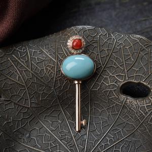 18K高瓷蓝绿绿松石钥匙吊坠