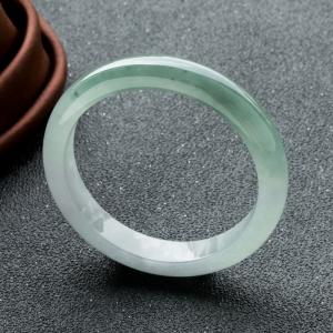57.5mm糯冰种浅绿翡翠平安镯