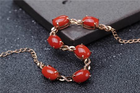 红珊瑚手链功效与作用,佩戴红珊瑚手链有哪些好处